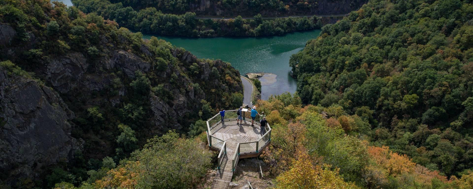Belvédère Ayssènes dans la vallée du Tarn