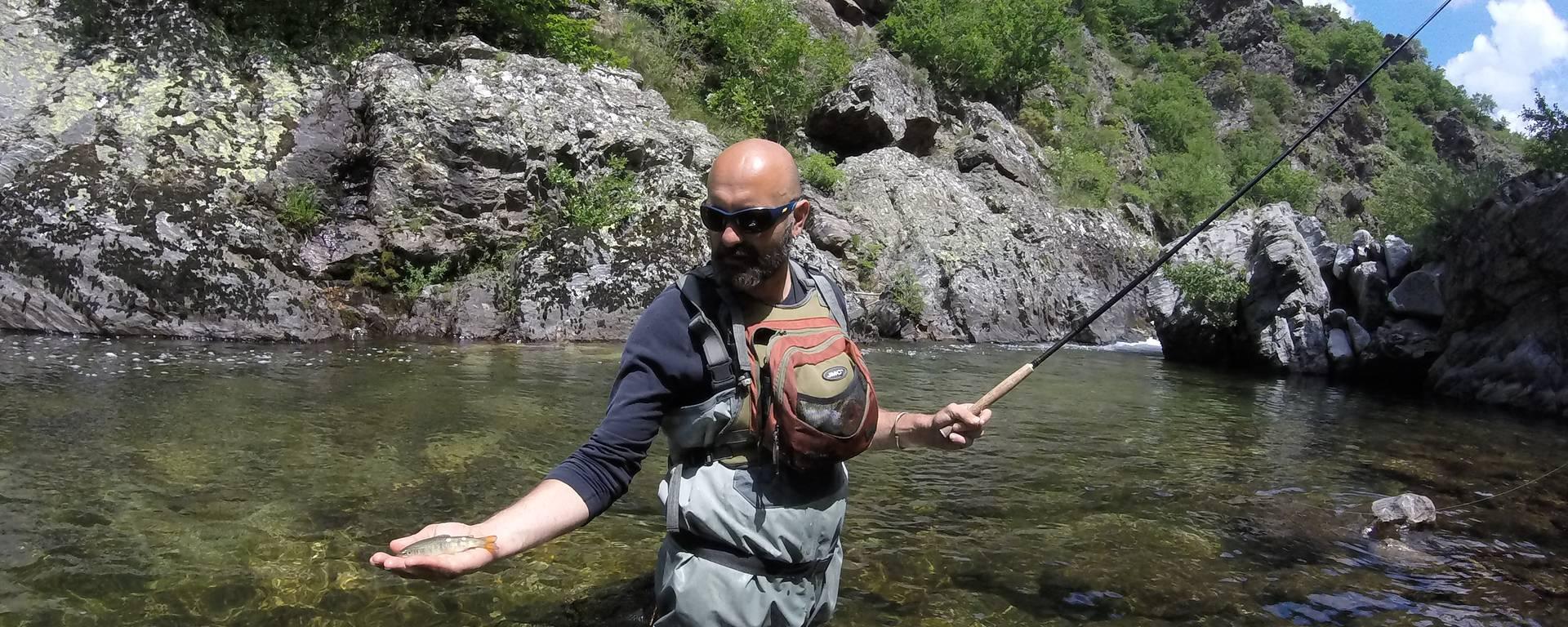 Pêche à la truite dans la Haute Dourbie