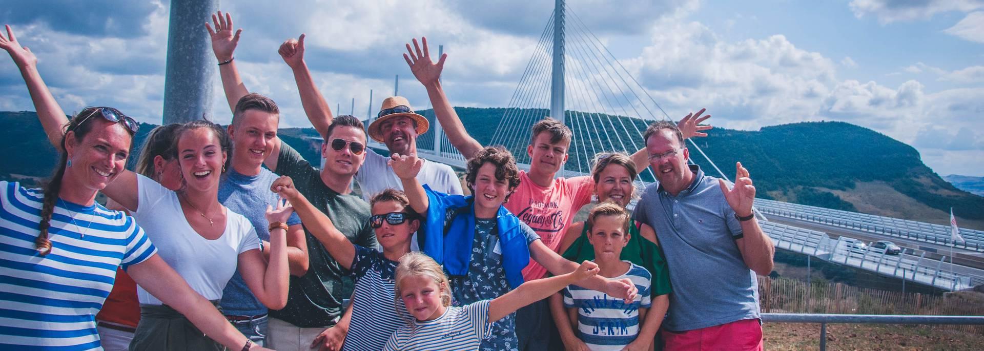 Découvrir le Viaduc de Millau en famille !