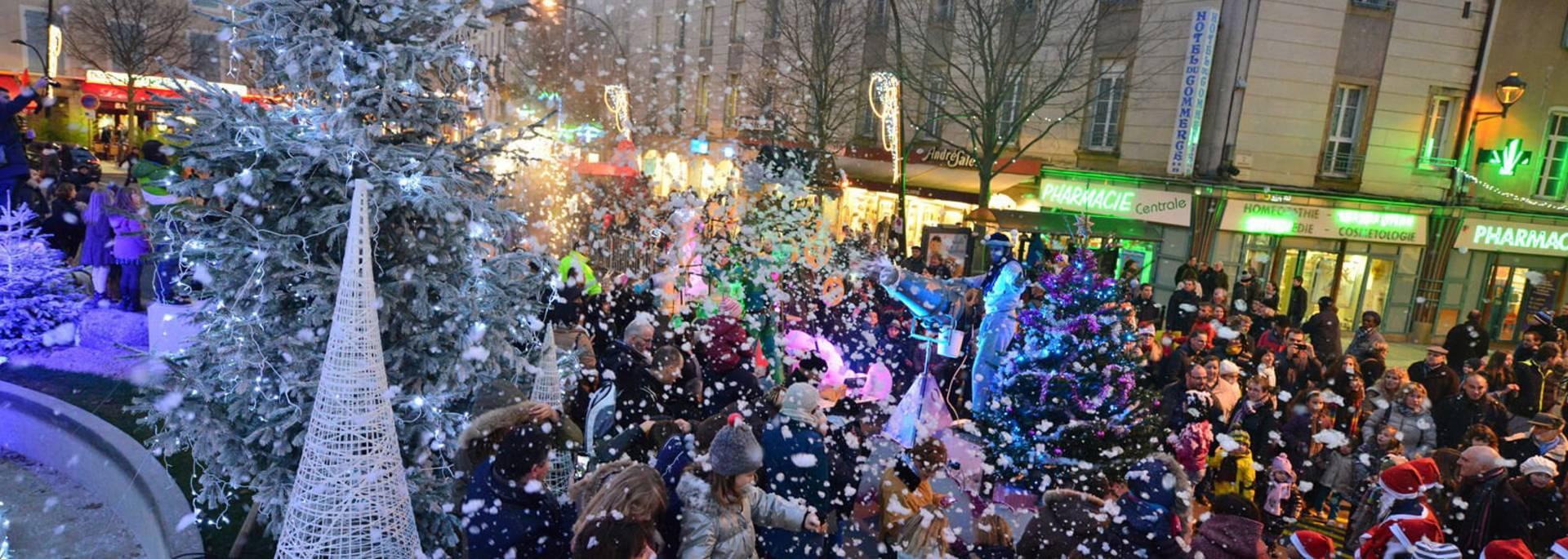 Parade de Noël Millau 2019©aurelientrompeau