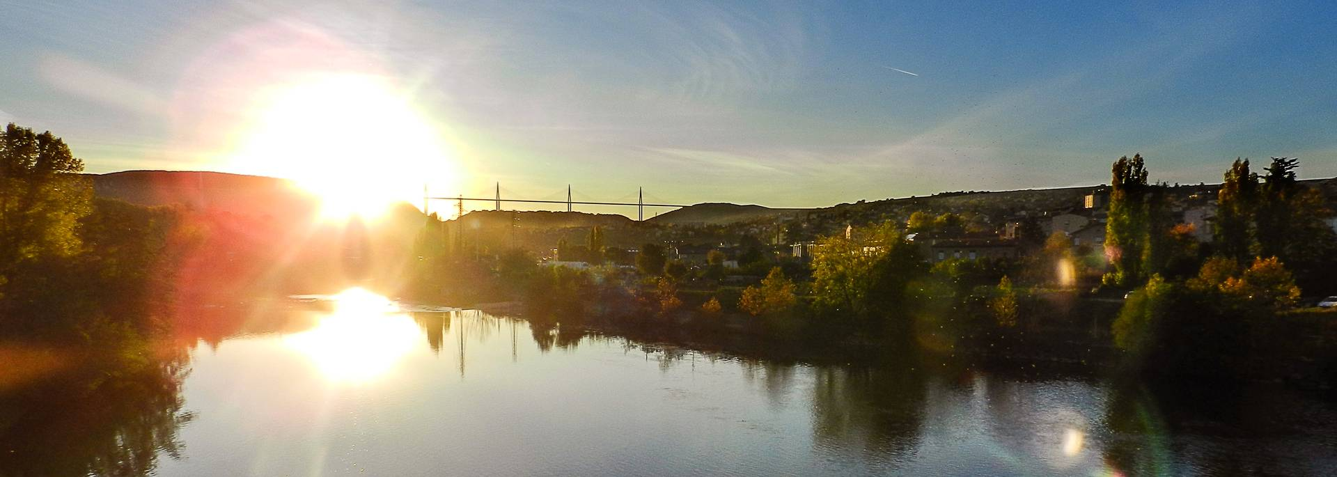 Le Viaduc au soleil vu du Pont Lerouge