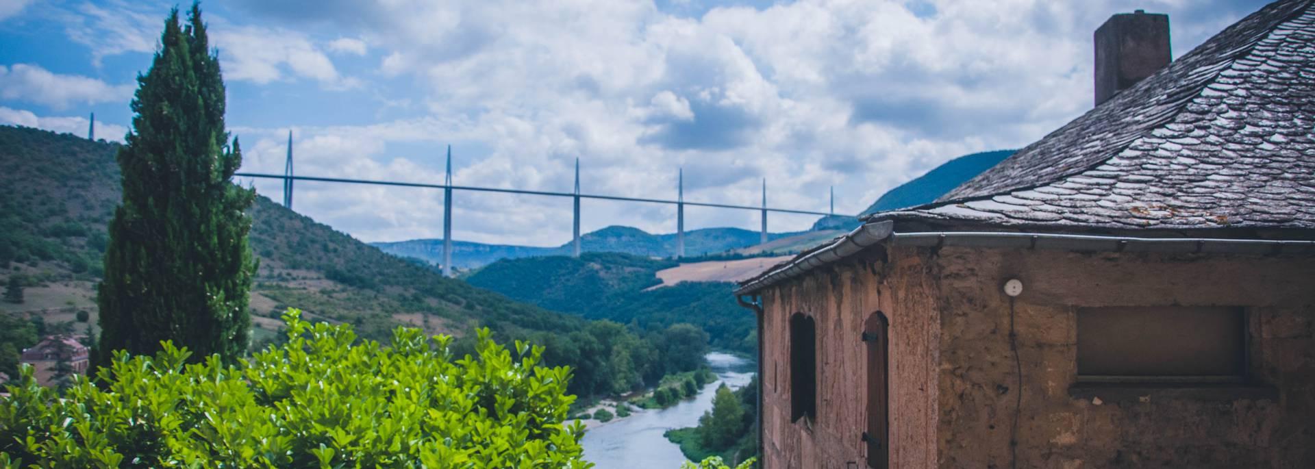 Peyre et le Viaduc de Millau
