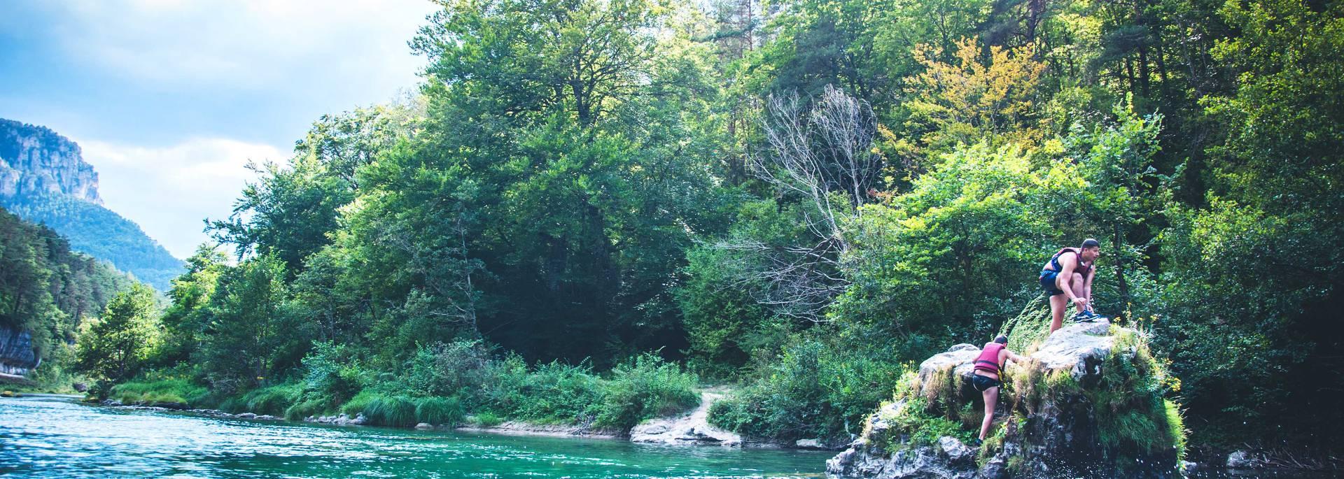 Plongeon dans les Gorges du Tarn