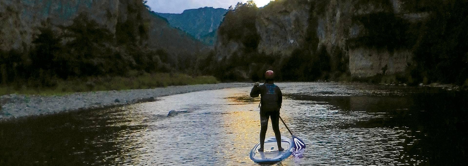 Découvrir les Gorges du Tarn en paddle de nuit