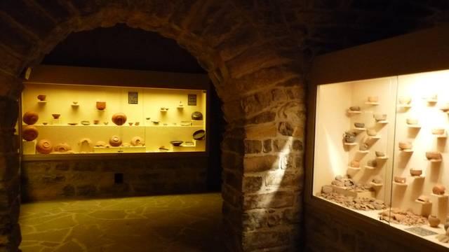 Le Musée de Millau : Section Céramique Sigilée Gallo-Romaine de la Graufesenque