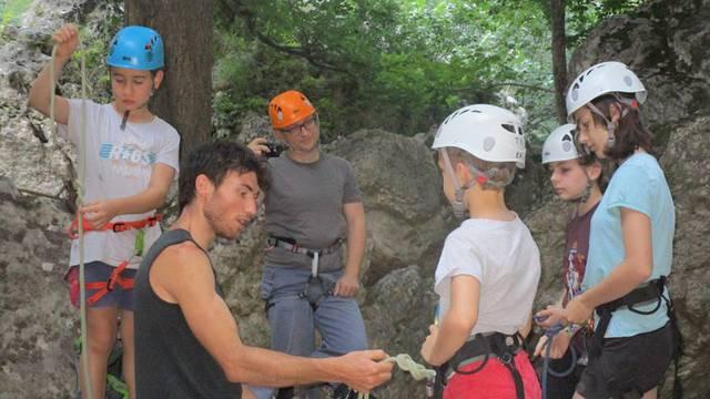 Escalade en famille dans les Gorges du Tarn ou de la Dourbie