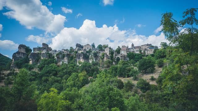 Village perché de Cantobre, gorges de la Dourbie