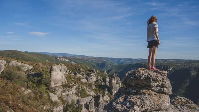 Itinérances et randonnée sur le Causse Noir autour de Millau