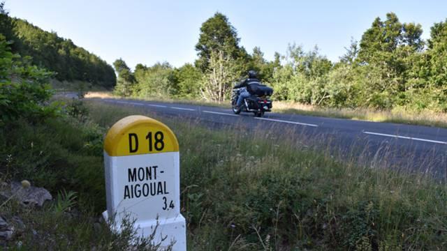 En piste pour le Mont Aigoual