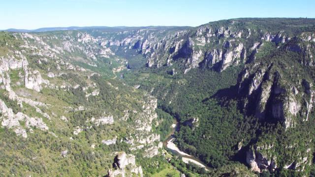 Vue des Gorges du Tarn depuis le point sublime