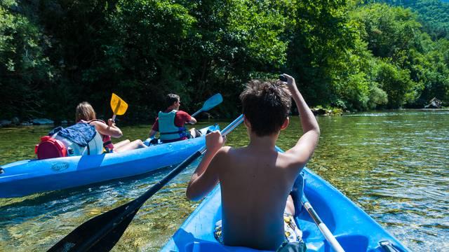 Canoe en famille dans les Gorges du Tarn