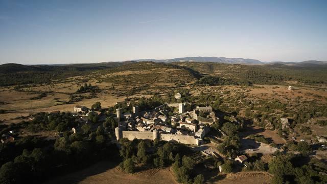 Venez découvrir la cité templière la plus célèbre : La Couvertoirade
