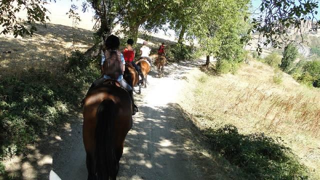 Rando à cheval autour de Millau