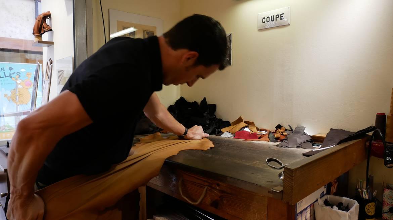 Découverte d'un atelier et de la fabrication d'un gant