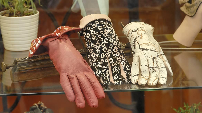Des centaines de modèles de gants d'hier à aujourd'hui