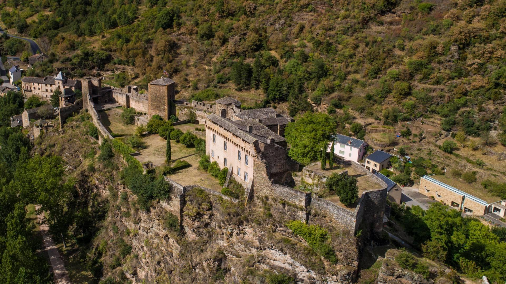 Brousse-le-Château vue du ciel