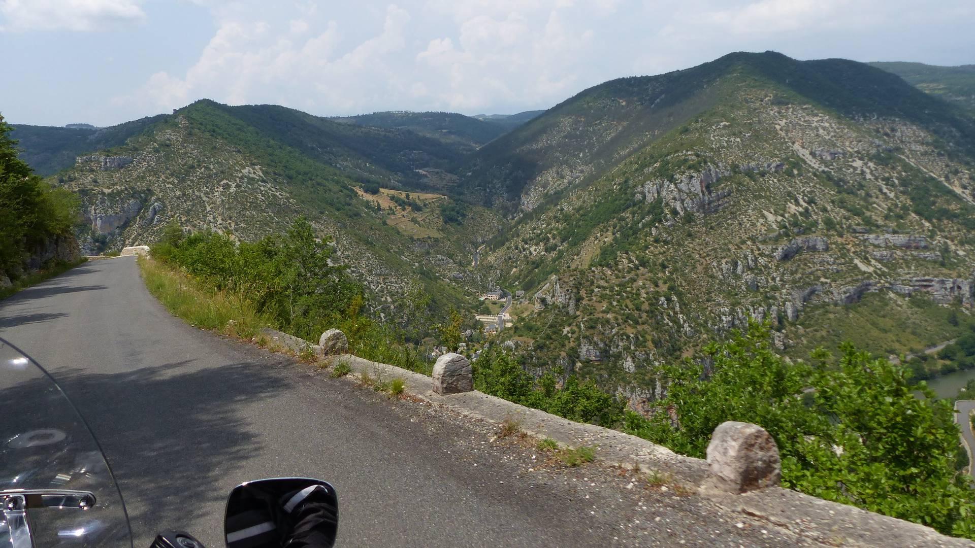 De Millau aux gorges du tarn à moto
