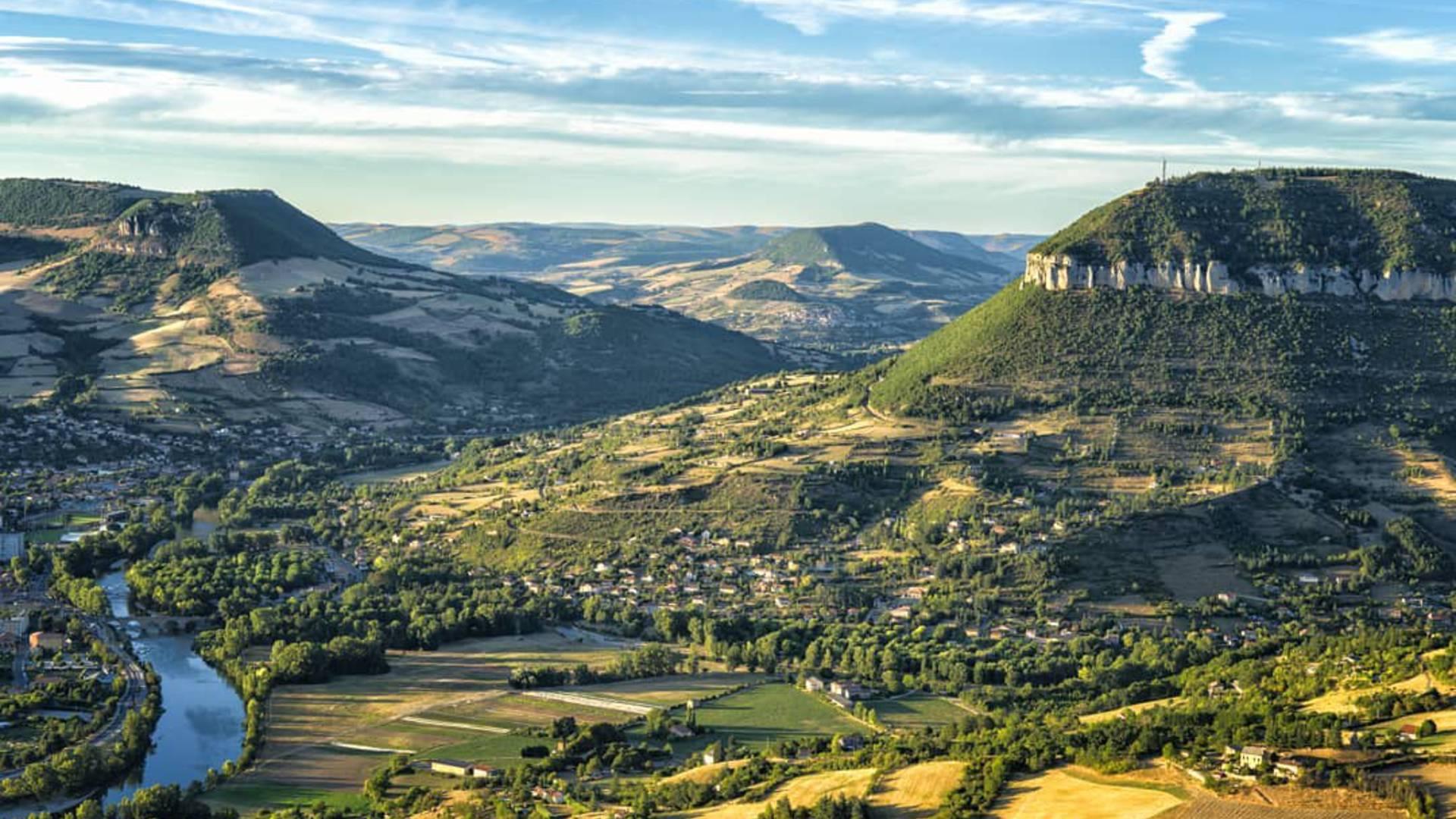 Vue sur Millau et la Pouncho ©ExoDams