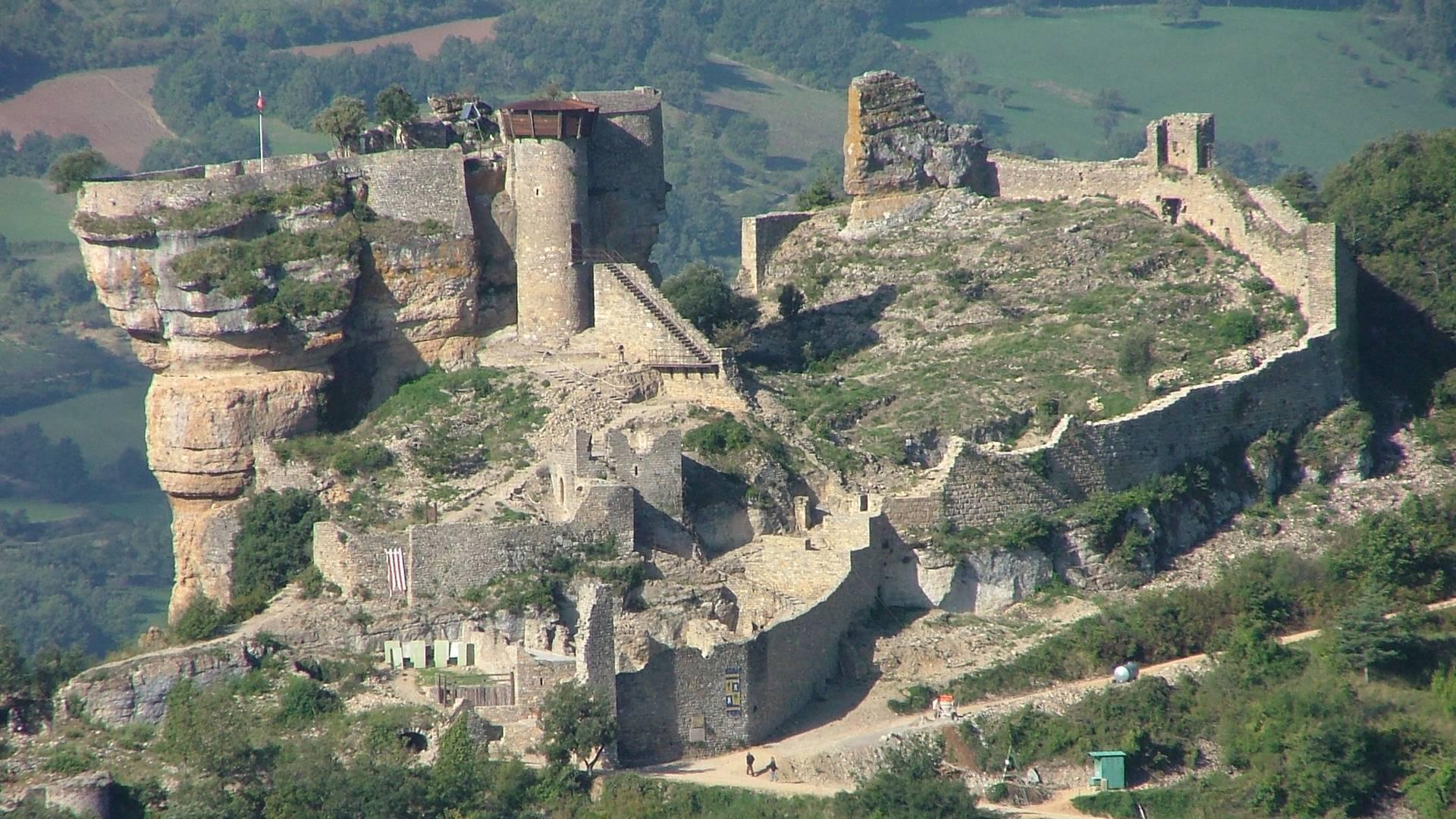 Vue du ciel du chateau Peyrelade
