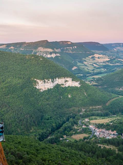 Nuit en paroi en Aveyron
