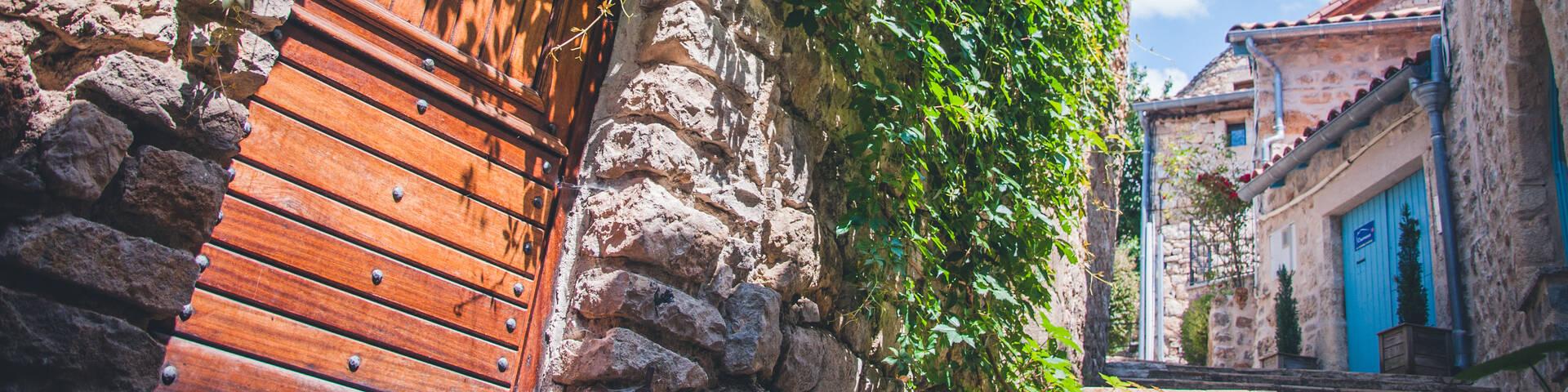 Liaucous, aux portes des Gorges