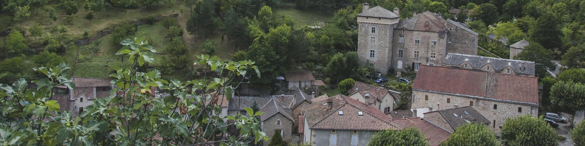 Village de Peyreleau