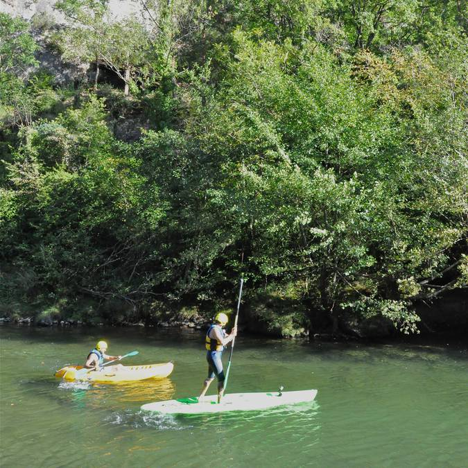 Une autre manière de descendre la rivière : le paddle !