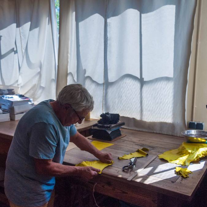 La fabrication de gants