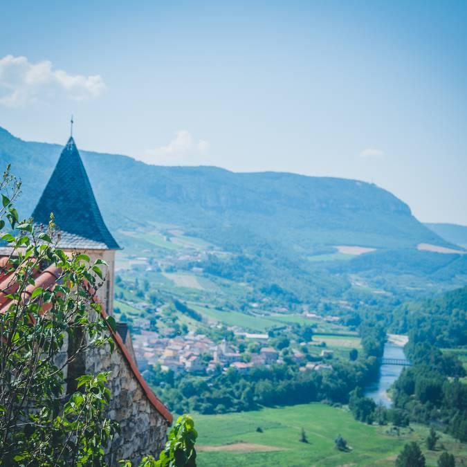 Village de Compeyre dans la haute vallée du Tarn